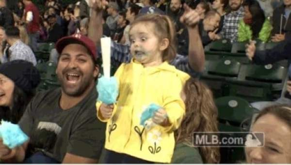 mariners-cotton-candy-girl