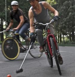Bike Polo by jonny hunter