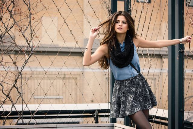 6-selena-gomez-collection-adidas-gall