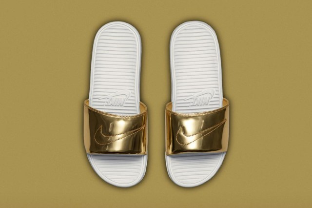 nike-benassi-solarsoft-slide-sp-liquid-metal-pack-01