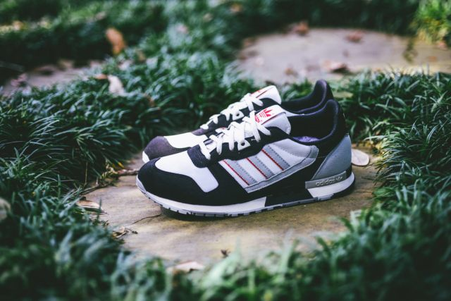 Adidas_ZX_550_OG_Sneaker_Politics_1_1024x1024