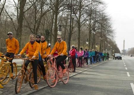 adidas-supercolor-superstar-bike-tour-berlin-pharrell-williams-8