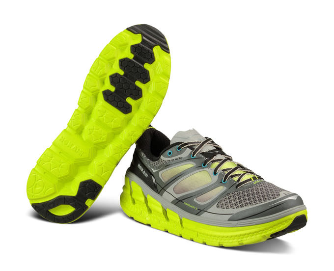 hoka-one-one-conquest-2-1