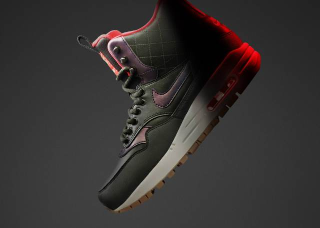 HO15_NSW_SNEAKERBOOT_AIRMAX1_W_PROFILE_01_rectangle_1600
