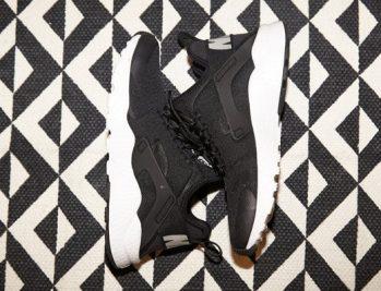 Nike-Air-Huarache-Ultra-Sneaker-Schwarz-Damen