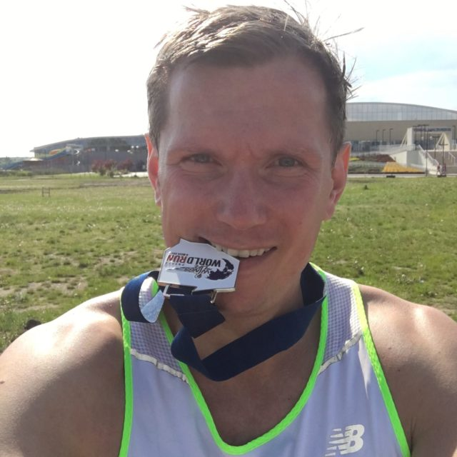 Wings-for-life-world-run-poznan-finish-medal