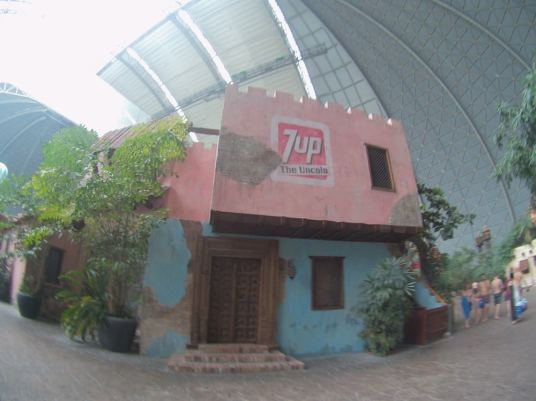 tropical-islands-7up-house