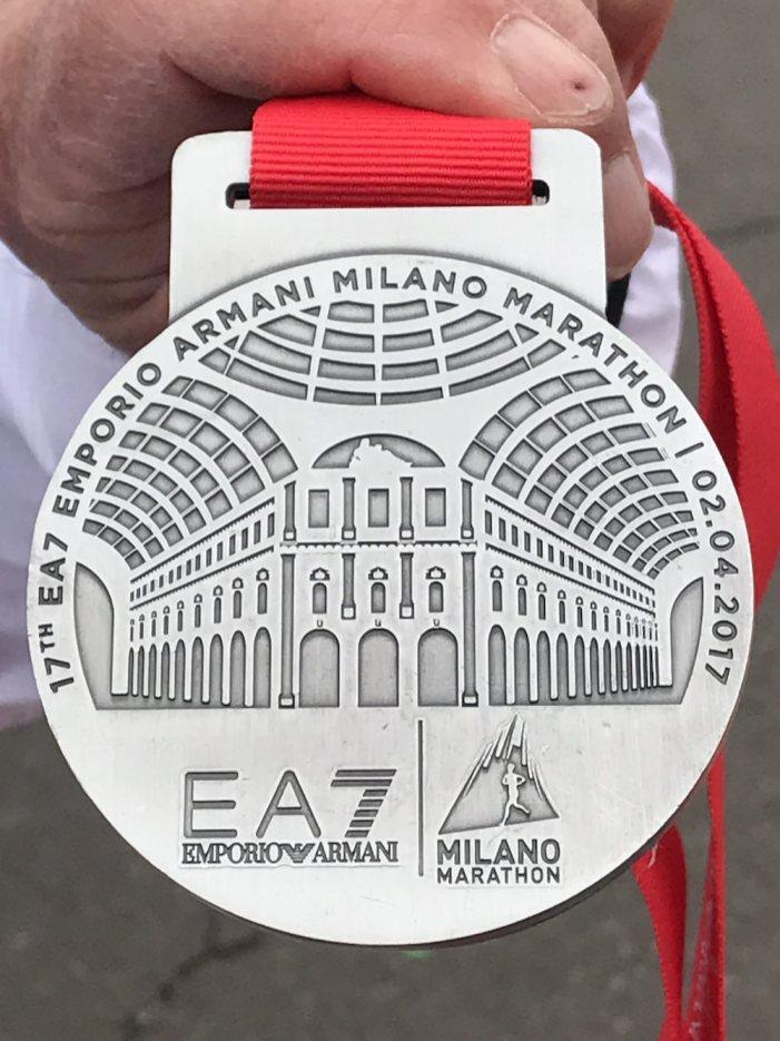 milano-marathon-mailand-sports-insider-medaille-vorn