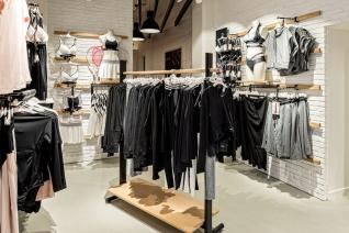 Hunkemoeller-Sport-HKMX-Store-Berlin-Mitte-Shop-37