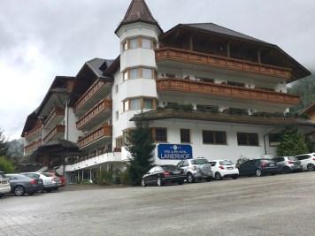 Lanerhof_winkler_hotel_pustertal_Suedtirol_wellness_urlaub_familienhotel_test_kronplatz_outdoor_berge_012