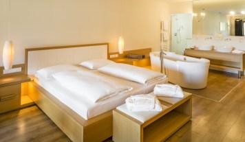 Winklerhotels-Lanerhof-Pustertal-suite-zimmer