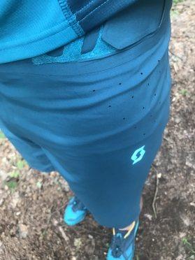 Scott-Trailrunning-Outfit-Shirt-Hose-Test-Erfahrungen-3