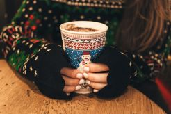 adidas-nuernberg-weihnachtsmarkt-heisse-schokolade
