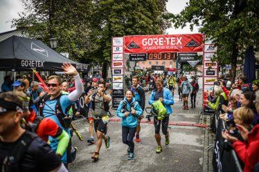 transalpinerun-run2-etappe-1-Garmisch-Partenkirchen-Nassereith-Alpen-Blogger-Trailrunning-10-start-gore-tex