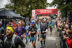 transalpinerun-run2-etappe-1-Garmisch-Partenkirchen-Nassereith-Alpen-Blogger-Trailrunning-4-start-gore-tex