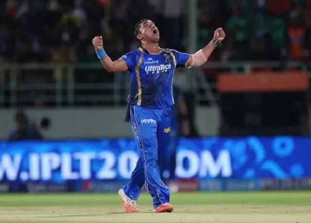 The only Indian bowler who took a hat-trick from 2 balls in IPL