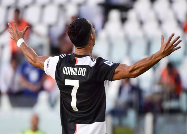 Juventus beat Torino 4-1 in Serie A, Ronaldo scored his first goal from free-kick in Serie A