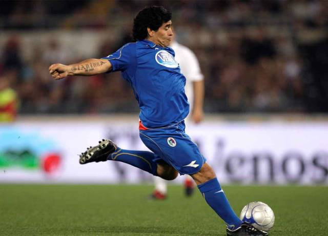 Diego Maradona used to wear this brand of shoes, the company was also sad on his death!