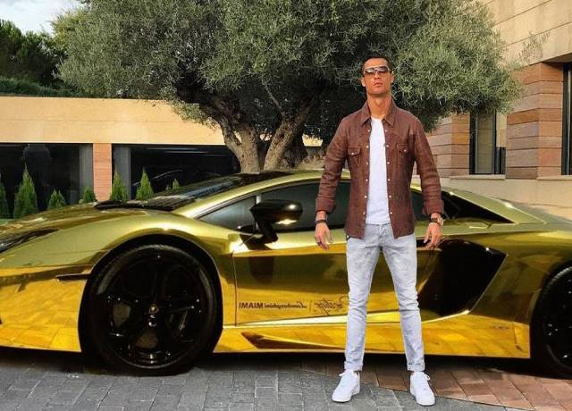 Cristiano Ronaldo adds another masterpiece to his car collection