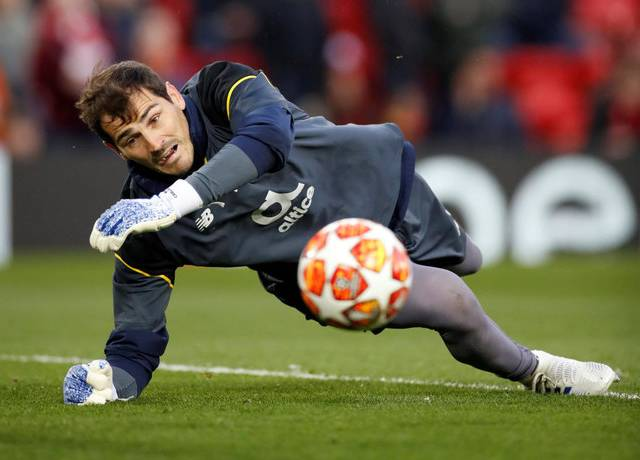 Iker Casillas choses his own GOAT