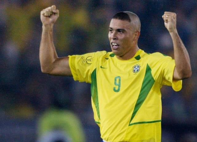 Ronaldo Nazario apologized to all the mothers for his haircut