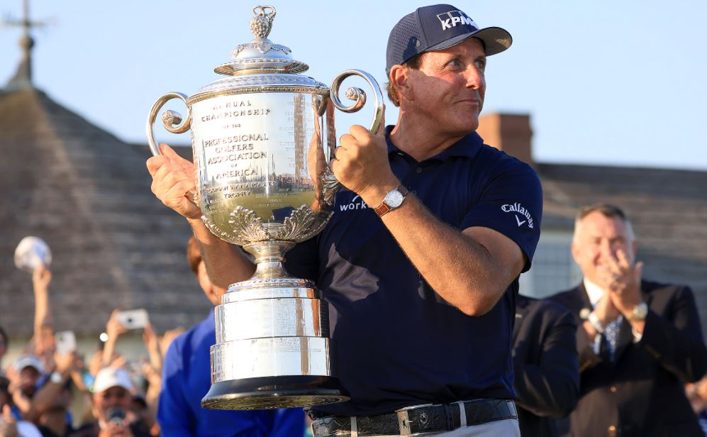 Mickelson wins the PGA