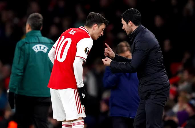 Is Ozil the remedy to Arteta's problems at Arsenal?