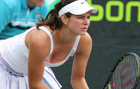 Julia-Goerges Top 10 Hottest Female Tennis Players in the world 2015