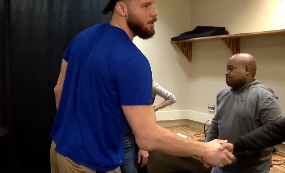 Blake Griffin Shakes Hands with Media and Wishes Them Well