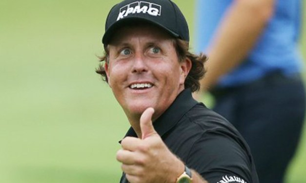 Phil Mickelson Takes Shot at Matt Kuchar Over Tipping
