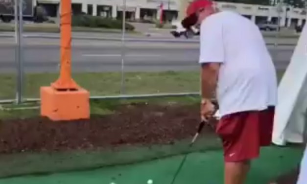 John Daly Sinks a Putt One-Handed With a Cigarette in His Mouth After a Guy Bet Him $100