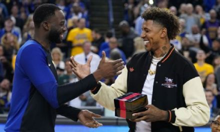 Warriors Got a Delay of Game After Nick Young Got His Ring
