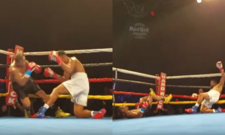 Boxers Simultaneously Knock Each Other Out for the Very Rare 'Double Knockdown'