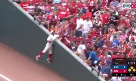Yasiel Puig Reaches into the Seats in Foul Territory to End an Inning