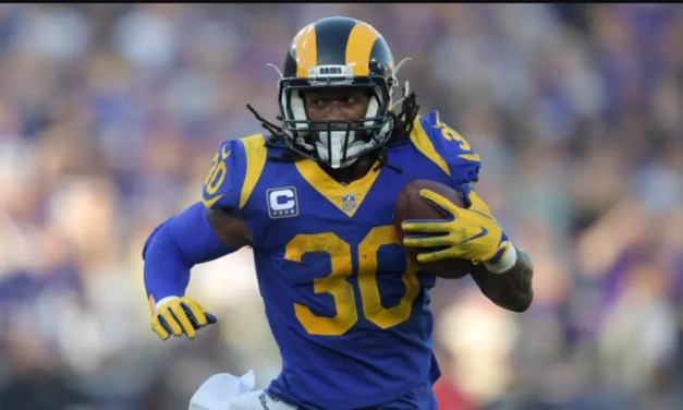 "Todd Gurley's Trainer Admits There's an ""Arthritic Component to His Knee"""