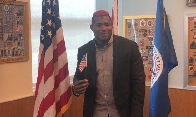 Yasiel Puig Became an American Citizen While Serving His Three Game Suspension