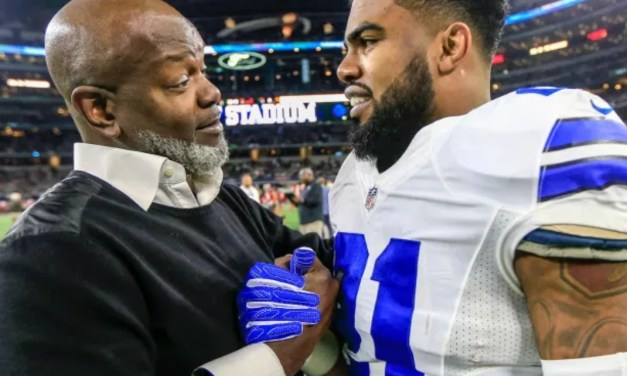 Emmitt Smith Doesn't Want His Contract Situation to be Compared to Ezekiel Elliott's