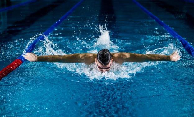 How do American Universities Promote University Sports?