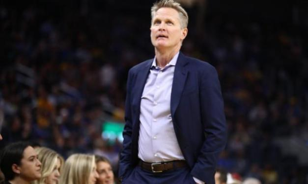 Trump Returns Fire in Feud With Warriors Coach