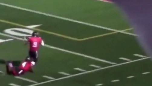 Player Ran the Wrong Way After Interception and Had to Be Tackled by His Teammate