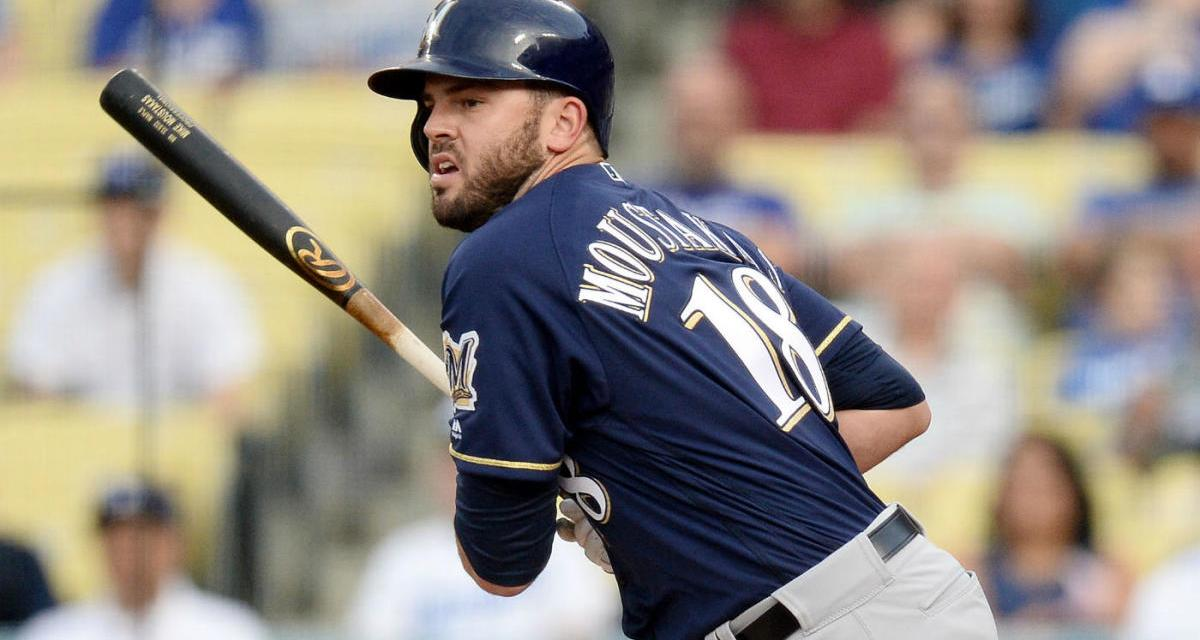 Mike Moustakas Signs a 4-Year, $65 Million Deal With the Reds