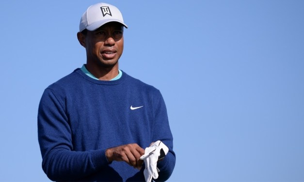 Tiger Woods Denied Eagle After Ball Bounces Out of Hole