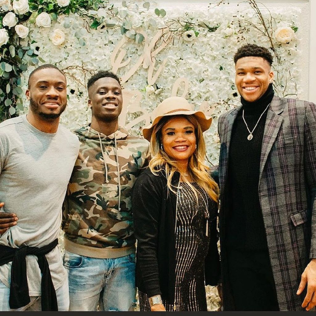 Giannis Antetokounmpo And His Girlfriend Mariah Riddlesprigger Throw A Baby Shower Page 6 Of 6 Sports Gossip