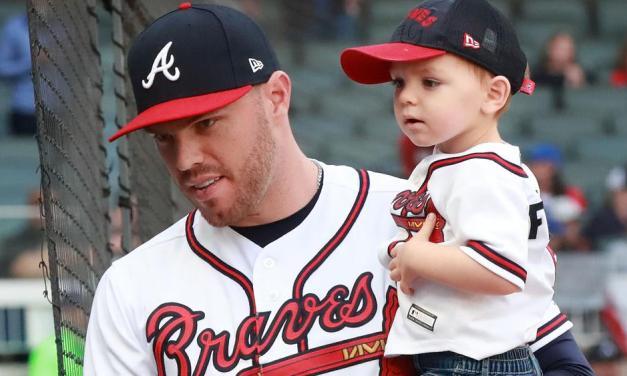 Freddie Freeman Crushes Son's Pitch in 'Backyard Baseball'
