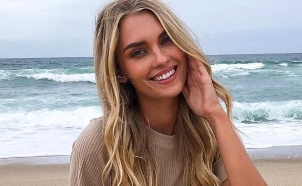Meet IG Model Lilly Jade Moreau, Manfred Pledges to Weave Baseball into Recovery & Ronda Rousey and Her Husband Talk About Sex on Twitter