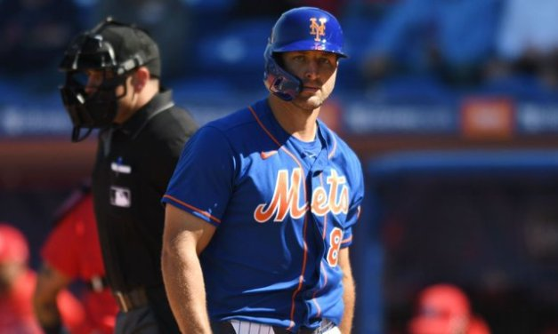 Tebow leaves game after 5 years in Mets system
