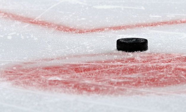 Russian hockey player, 19, dies after hit by puck