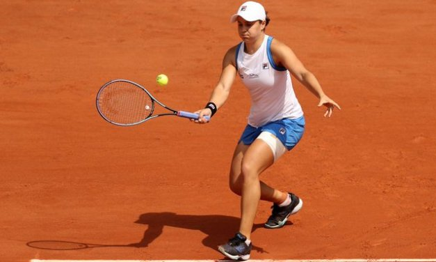 Hip injury forces No. 1 Barty to withdraw in Paris