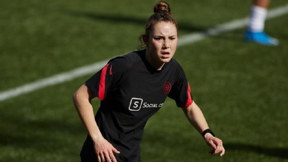 Judge rules in Moultrie's favor on NWSL age rule