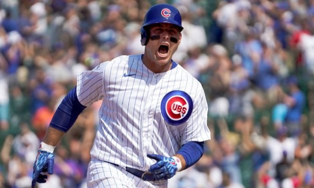Yankees acquire All-Star slugger Rizzo from Cubs